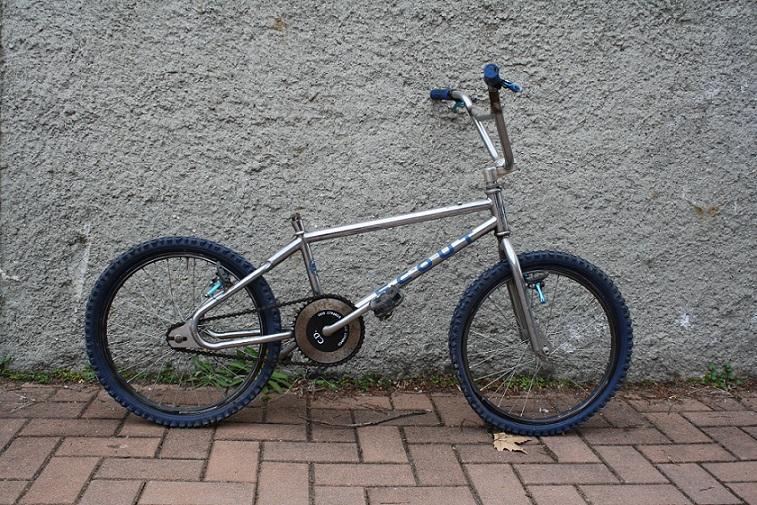 Venduto bmx e bici pieghevole bici complete telai for Bici pieghevole milano