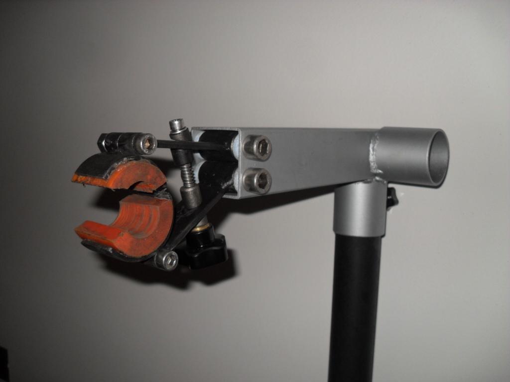 Cavalletto manutenzione bici d i y telai homemade artigianato ciclistico e diy - Cavalletto da pittore da tavolo ...