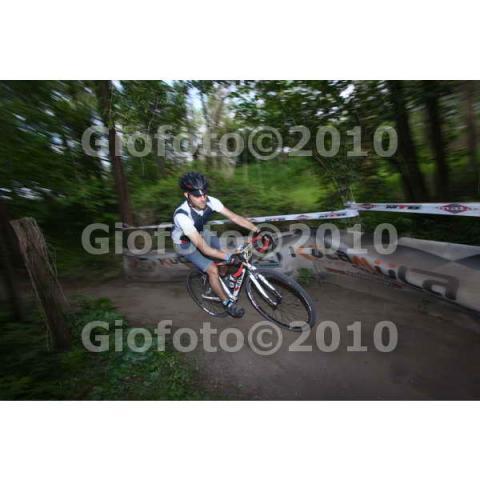 post-2461-0-82616300-1306234521_thumb.jp