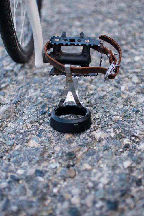 Dolanitro_pedal_lens_hood_8.jpg