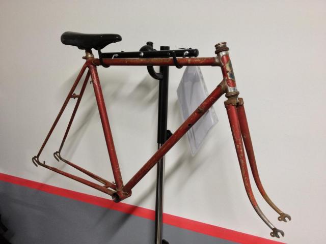 Vendo Telai Da Corsa Vintage Da Restaurare Bici Complete Telai